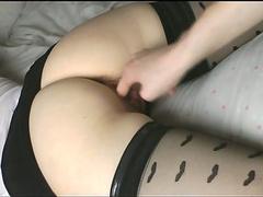 Moglie sexy a quattro zampe dita e scopata bella fica bagnata stretto